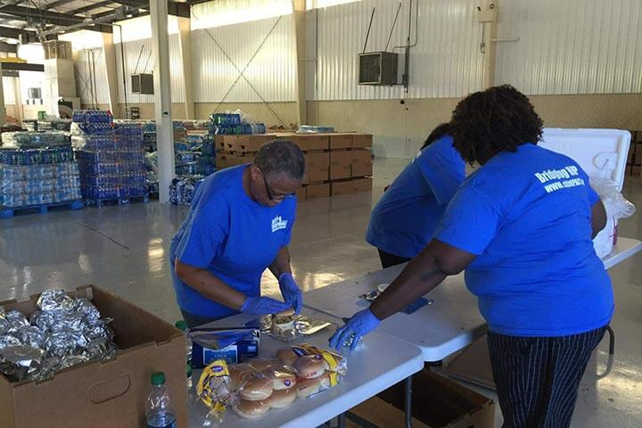 CitiIMPACT volunteers serving own community in SC following flooding.